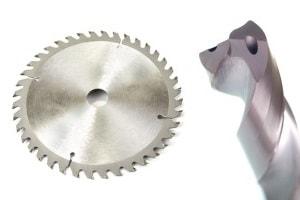 Schleifen von Werkzeugen zum Zerspanen und Schneiden