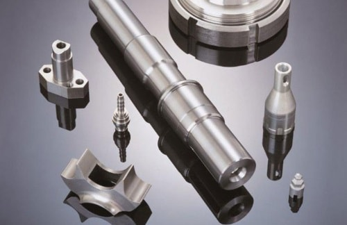 CNC-Fertigung mit Drehen, Fräsen und Schleifen