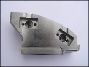 Lohnschleifen von Metall bei der Anton Müller GmbH